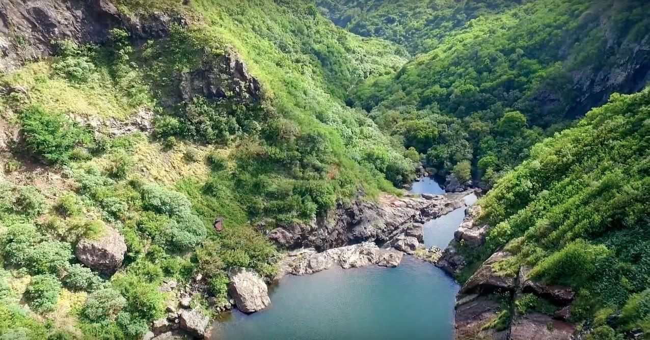 7 cascades waterfall view - Mauritius