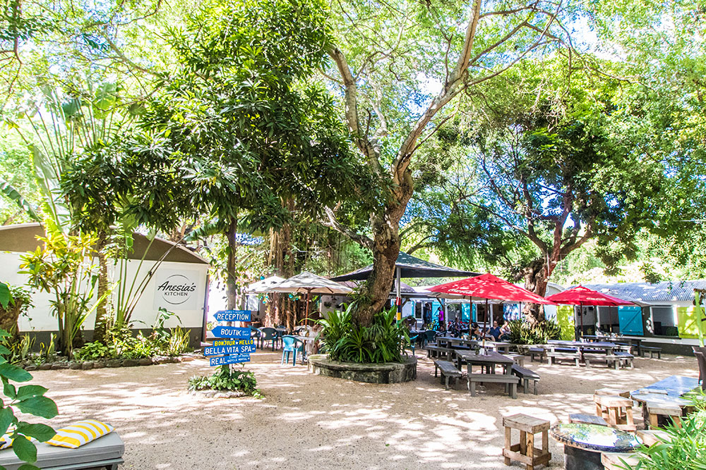 Vanilla Café - Live in Mauritius - Black River West Coast Where to drink in riviere noire